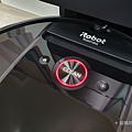 iRobot Roomba i7+ 掃地機器人開箱 (俏媽咪玩 3C) (26).png