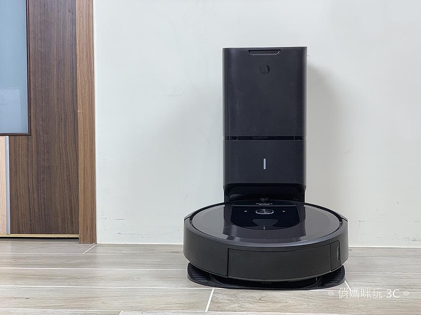 iRobot Roomba i7+ 掃地機器人開箱 (俏媽咪玩 3C) (34).png