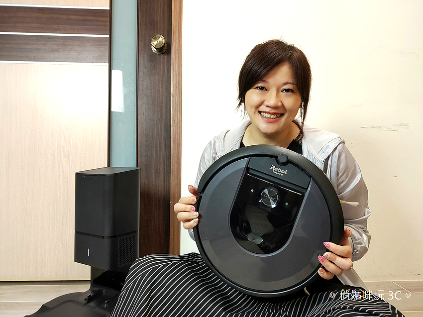 iRobot Roomba i7+ 掃地機器人開箱 (俏媽咪玩 3C) (53).png