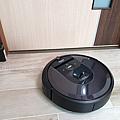iRobot Roomba i7+ 掃地機器人開箱 (俏媽咪玩 3C) (47).png