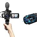 圖2) Sony FDR-AX43 搭載內建穩定器結構的全方位防手震功能,不論行走或跑步過程中拍攝畫面,都能保持平穩流暢。.jpg