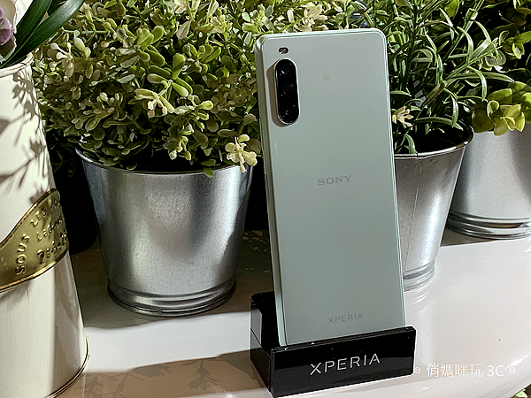 Sony Mobile Xperia 10 II (俏媽咪玩 3C) (2).png