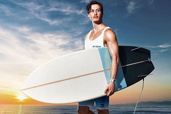 Instinct Solar本我系列太陽能GPS智慧腕錶運動衝浪版,帶領衝浪冒險愛好者驅動無限本能,建議售價NT$12,990,將於8月10日開賣。.jpg