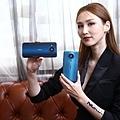 HMD Global今(29)日在台發表全球首款支援5G全頻段手機 Nokia 8.3 5G 和全新升級國民手機 Nokia 3.4,同步與全新007電影—「生死交戰」獨家聯名,為全球使用者帶來特務等級的暢行體驗。 (圖由HMD Global 提供).jpg
