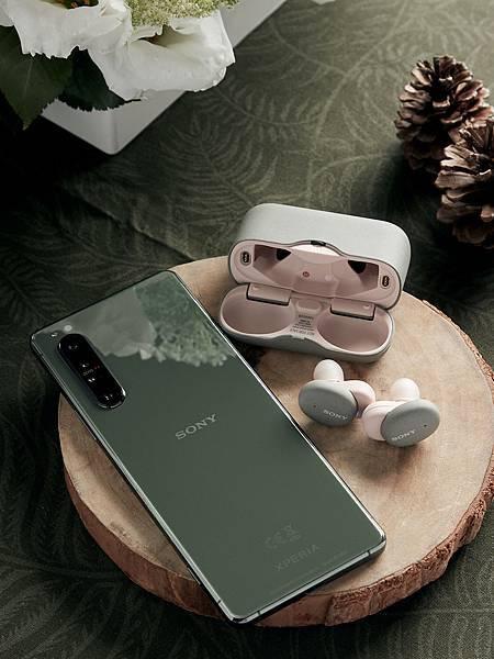 圖說四、Xperia 1 II鏡湖綠-高效升級版限量發行!預購活動限定開跑,購機贈送Sony真無線藍牙耳機.jpg
