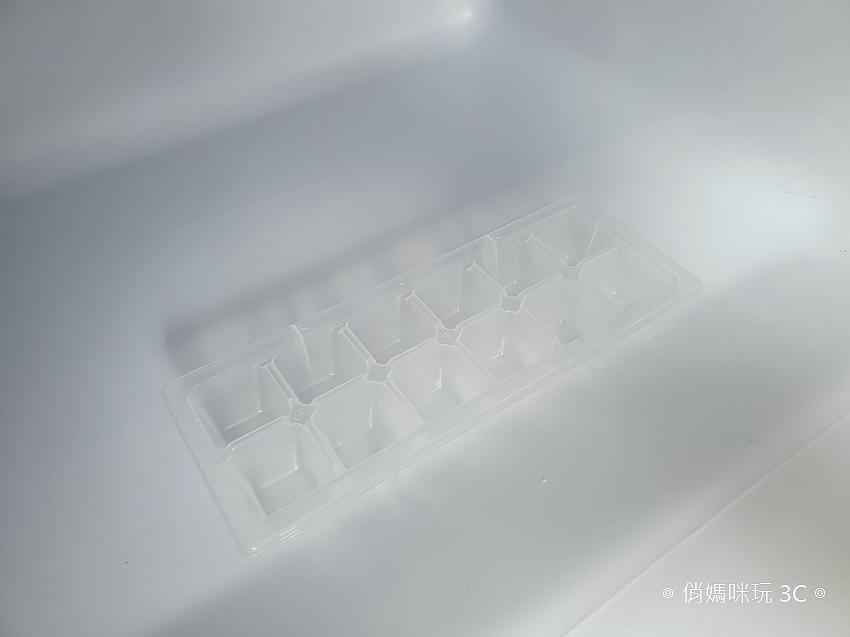 東元 TECO 100 公升雙門冰箱  R1001W 開箱 (俏媽咪玩3C) (40).png