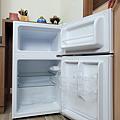 東元 TECO 100 公升雙門冰箱  R1001W 開箱 (俏媽咪玩3C) (42).png