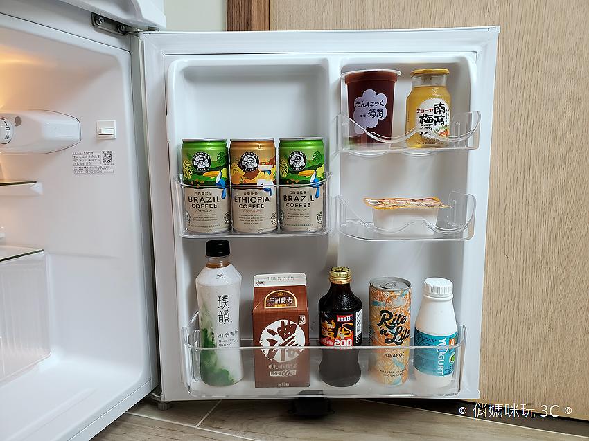 東元 TECO 100 公升雙門冰箱  R1001W 開箱 (俏媽咪玩3C) (53).png