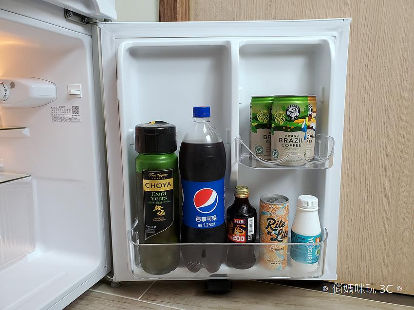 東元 TECO 100 公升雙門冰箱  R1001W 開箱 (俏媽咪玩3C) (55).png