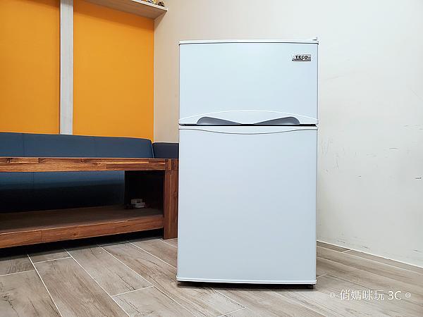 東元 TECO 100 公升雙門冰箱  R1001W 開箱 (俏媽咪玩3C) (6).png