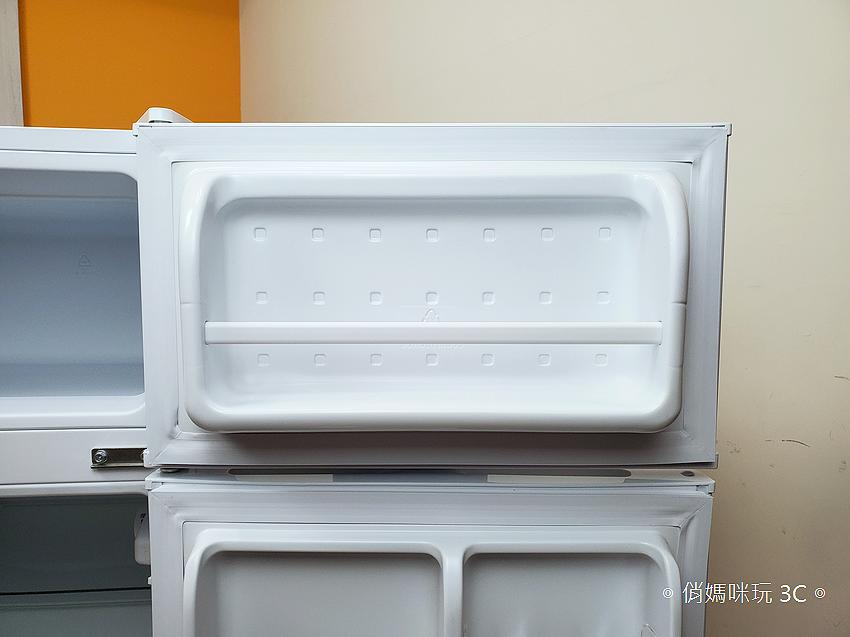 東元 TECO 100 公升雙門冰箱  R1001W 開箱 (俏媽咪玩3C) (14).png