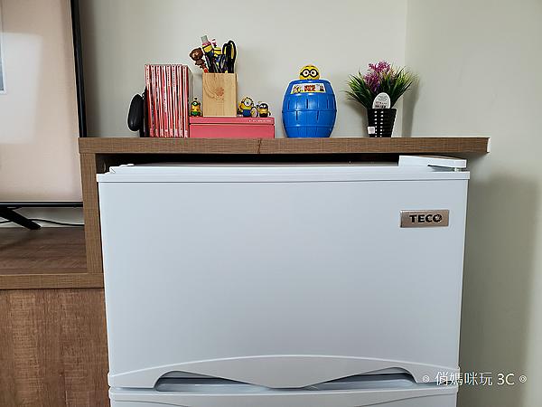 東元 TECO 100 公升雙門冰箱  R1001W 開箱 (俏媽咪玩3C) (30).png