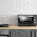 12-奇美32L家用旋風電烤箱內腔材質符合FDA食品級認證標準,高溫烘烤時不會溶出有毒物質,經得起「烤」驗,安心使用好放心.jpg
