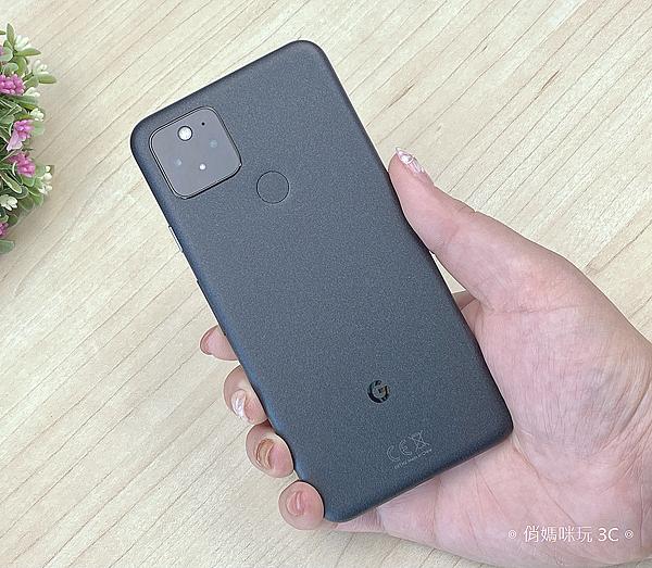 Google Pixel 5 開箱 (俏媽咪玩 3C) (5).png