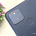 Google Pixel 5 開箱 (俏媽咪玩 3C) (6).png