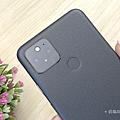 Google Pixel 5 開箱 (俏媽咪玩 3C) (7).png