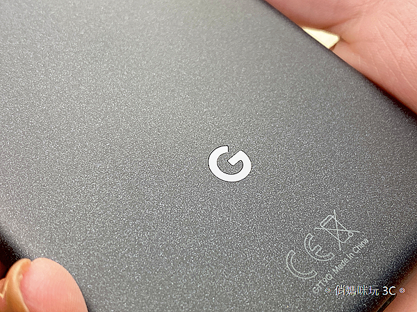 Google Pixel 5 開箱 (俏媽咪玩 3C) (9).png