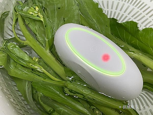 ASUS PureGO 蔬果洗淨偵測器開箱 (俏媽咪玩 3C) (67).png