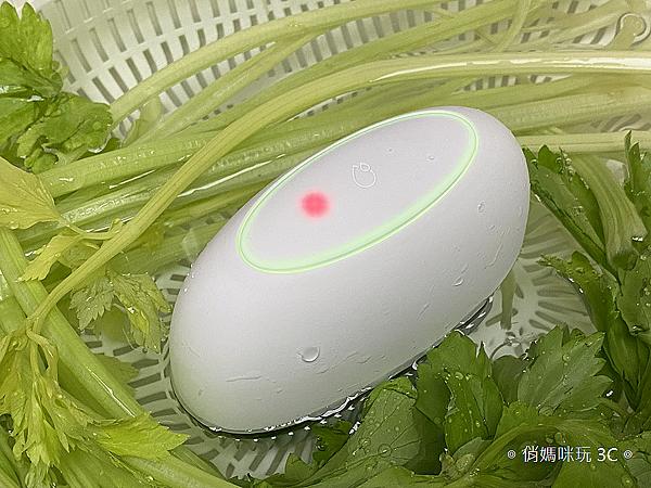 ASUS PureGO 蔬果洗淨偵測器開箱 (俏媽咪玩 3C) (75).png