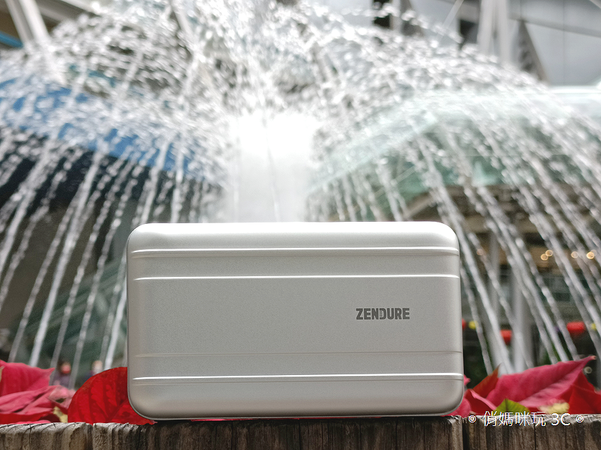 Zendure SuperTank Pro 行動電源開箱 (俏媽咪玩3C) (25).png