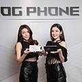 ROG Phone 5於3月11日中午12點起在全台華碩專賣店、專櫃店開賣,並於ASUS Store與各大電商平台預購。.jpg