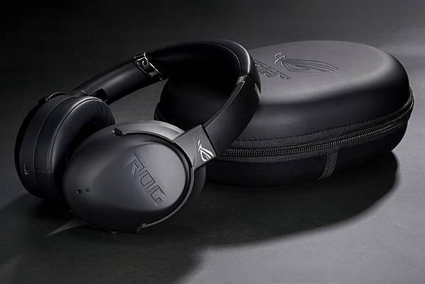 「ROG Strix Go BT電競耳機」採用高通aptX Adaptive音頻技術,提供低延遲、高傳真的無線藍牙音訊。.jpg