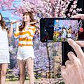 小米11提供專業電影級相機配置,以及多款 AI 電影特效及錄影濾鏡,只要一鍵套入 AI 電影模式,即可輕鬆打造電影級質感大片.png