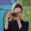 圖2) Sony FE 50mm F2.5 G、FE 40mm F2.5 G 和 FE 24mm F2.8 G 擁有圓形光圈葉片設計,實現 G 系列鏡頭令人讚賞的柔和散景;具備快速、精確且安靜對焦性能,強化影像創作表現。(圖為SEL24F28G搭配ILCE-7C相機).png