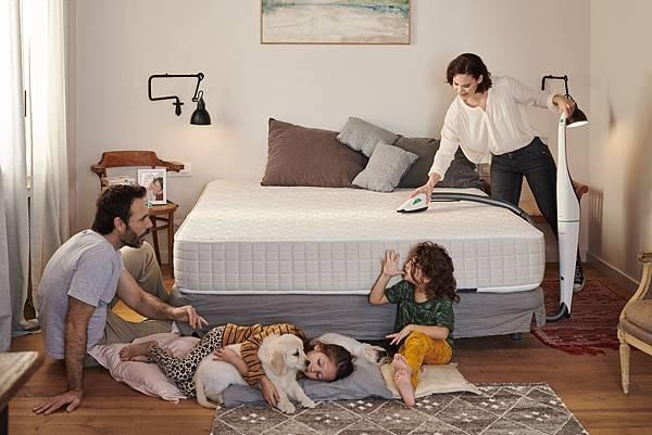 圖二:福維克純淨家電系列再添生力軍,讓家事不再是煩心事,消費者也能輕鬆化身居家清潔專家。.jpg
