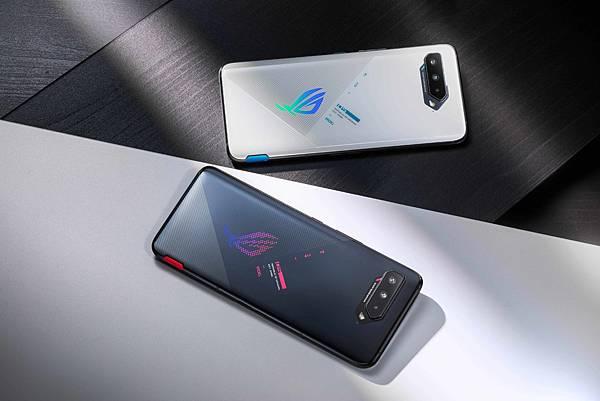 地表最強電競手機ROG Phone 5s 9月15日起於五大電信開賣 ,搭配指定資費方案,購機優惠價0元起。.jpg