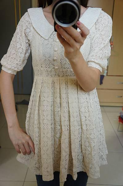 全新蕾絲小洋裝 賣250