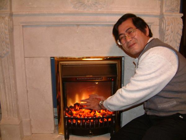 爸爸在取暖