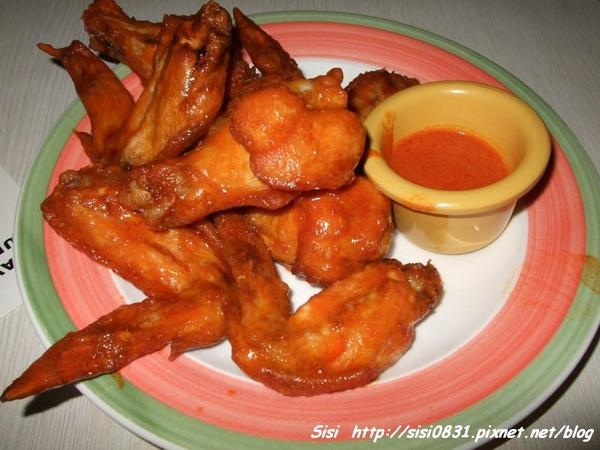 紐約辣雞翅(160元)