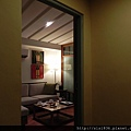 1707房~由玄關進入小客廳