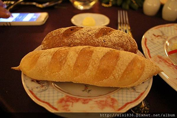 黑、白麵包
