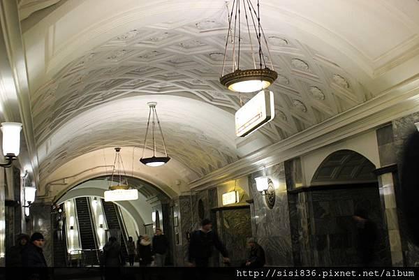 莫斯科地鐵 (41).jpg