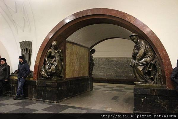 莫斯科地鐵 (46).jpg