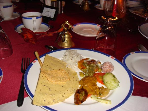 不怎麼美味,卻充滿異國風味的晚餐…