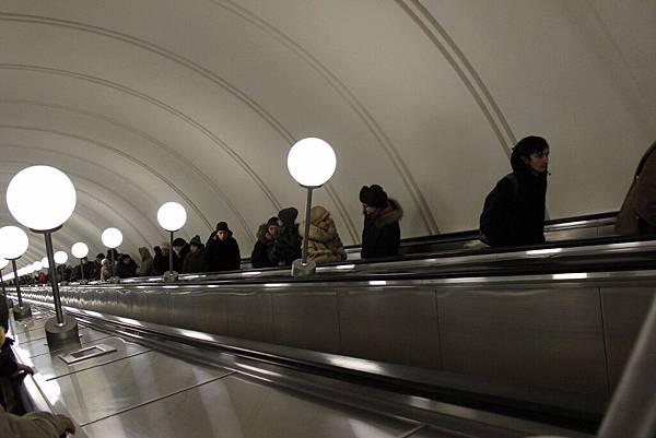 莫斯科地鐵 (2).jpg