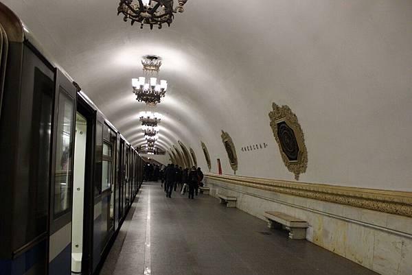 莫斯科地鐵 (25).jpg
