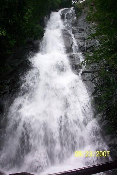 青山瀑布.JPG
