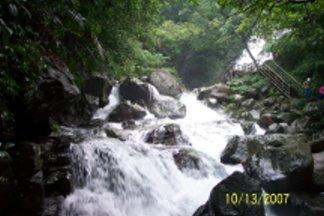 湍急的水流.jpg