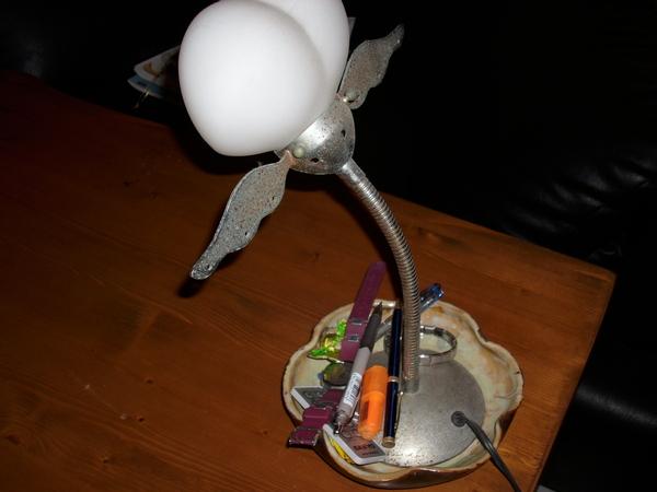 檯燈的盤子