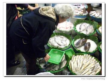 阿媽買魚.jpg