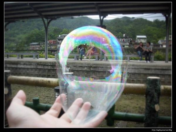 我吹的泡泡.jpg