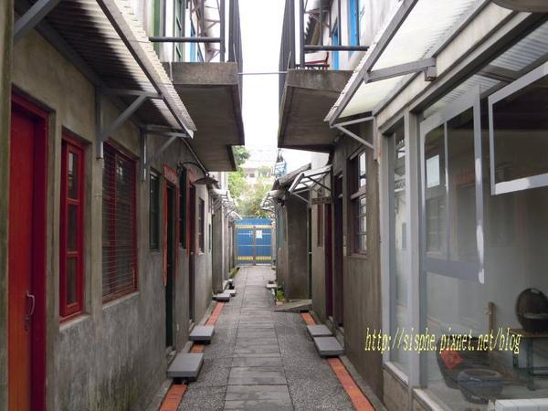 窄巷.jpg