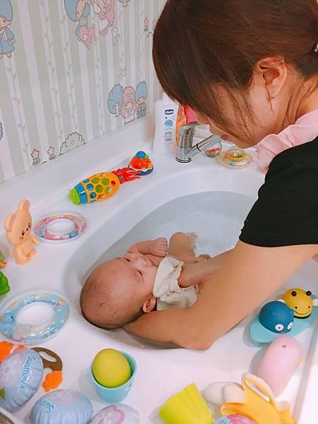 洗澡 (1)