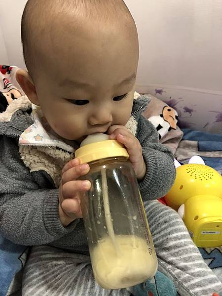 奶瓶🍼_180211_0069