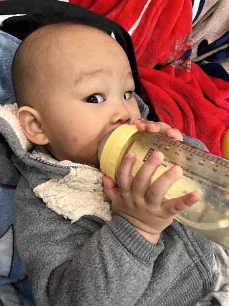 奶瓶🍼_180211_0070