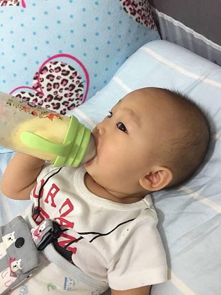 奶瓶_180503_0025